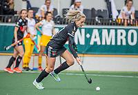 AMSTELVEEN - Lauren Stam (Adam)   tijdens  de hoofdklasse hockey competitiewedstrijd dames, Amsterdam-Den Bosch (0-1)  COPYRIGHT KOEN SUYK