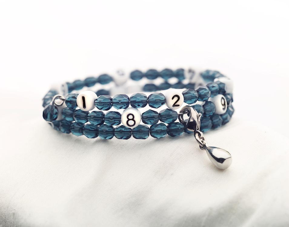 The nursing bracelet by Unique Mums.