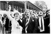 Spectators at Henley, 5th July 1981© Copyright Photograph by Dafydd Jones 66 Stockwell Park Rd. London SW9 0DA Tel 020 7733 0108 www.dafjones.com