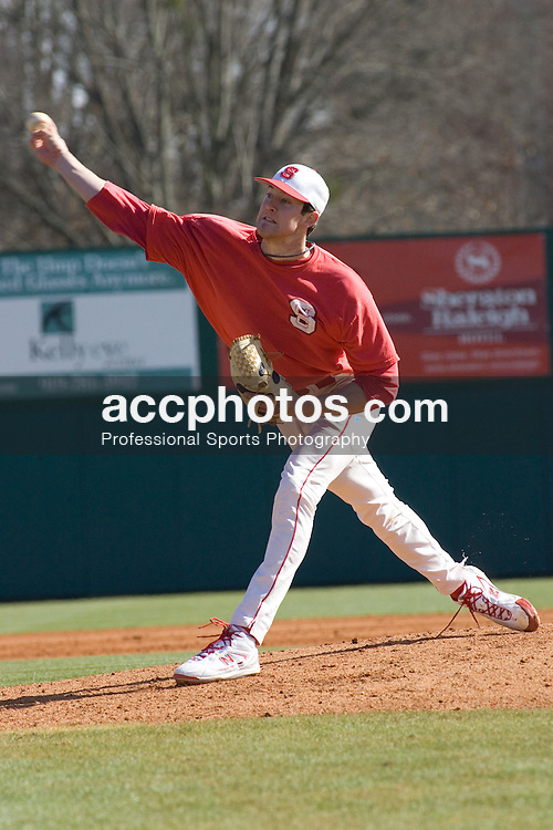 03 February 2007: North Carolina State Wolfpack RHP Andrew Brackman (40) during a scrimmage at Doak Field in Raleigh, NC.