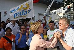 A candidata ao governo do Estado do RS Yeda Crusius durante caminhada em São Leopoldo. FOTO: Jefferson Bernardes/Preview.com