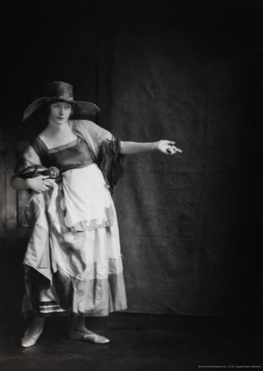 Miss Kathleen Dillon, England, UK, 1917