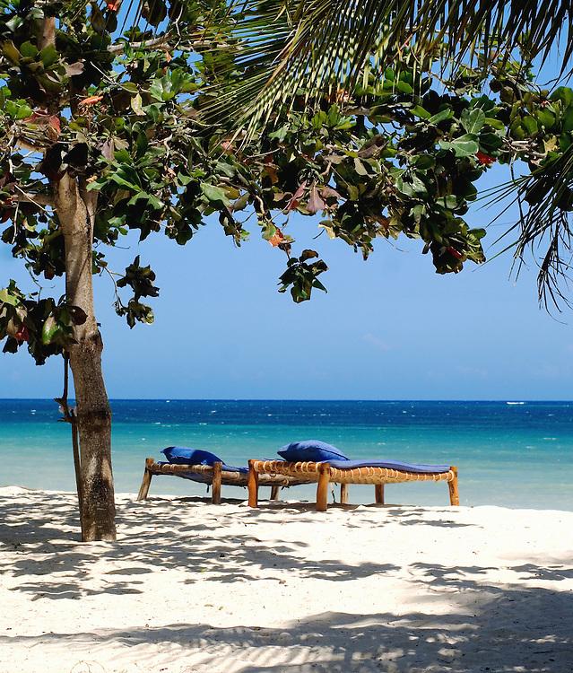 Kinondu Kwetu, Svenska Hotel, Ida o Filip, Africa, Kenya, Diani Beach, Beach Bed, Day Bed,