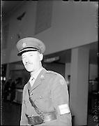 10/08/1960<br /> 08/10/1960<br /> 10 August 1960<br /> Two Irish army officers appointed to the staff of General Carl Carlsson von Horn, Commander of the United Nations forces in the Congo. Colonel Harry W. Byrne, (formerly o/c 1st Brigade, Cork) appointed as Brigade Commander of the 32nd and 33rd Infantry battalions in the Congo and Comandant. Eamonn Doyle, member of the Signal Corps appointed to the operations staff of General von Horn. Picture shows: Col. H.W. Byrne about to depart from Dublin Airport.