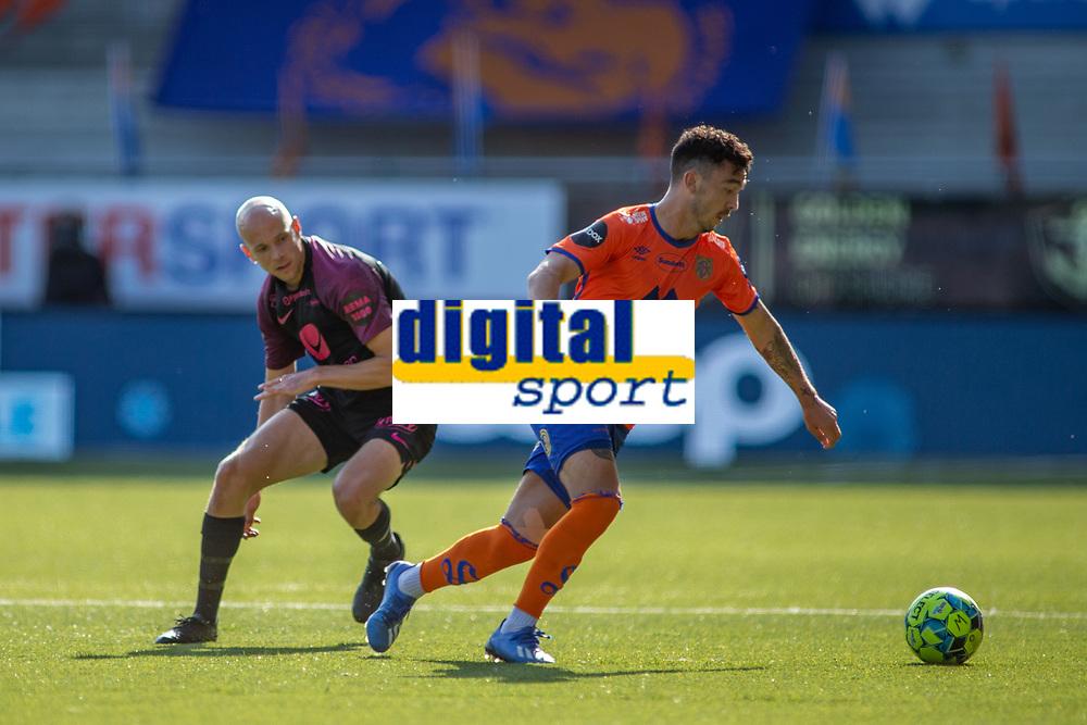 Fotball , 24 Juni 2020 , Eliteserien, AaFK - Brann , XYZ<br /> Niklas Fernando Castro , Aalesund<br /> Ruben Kristiansen , Brann<br /> <br /> , Foto: Srdan Mudrinic, Digitalsport