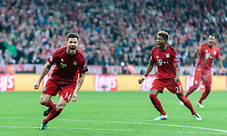 03.05.2016, Allianz Arena, Muenchen, GER, UEFA CL, FC Bayern Muenchen vs Atletico Madrid, Halbfinale, Rueckspiel, im Bild Torjubel Bayern Muenchen nach dem 1:0 durch Xabi Alonso (FC Bayern Muenchen), David Alaba (FC Bayern Muenchen) // Goal Celebration after the Opening Goal from Xabi Alonso (FC Bayern Muenchen) David Alaba (FC Bayern Muenchen) during the UEFA Champions League semi Final, 2nd Leg match between FC Bayern Munich and Atletico Madrid at the Allianz Arena in Muenchen, Germany on 2016/05/03. EXPA Pictures © 2016, PhotoCredit: EXPA/ JFK