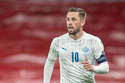 Gylfi Sigurdsson (Island) under kampen i Nations League mellem Danmark og Island den 15. november 2020 i Parken, København (Foto: Claus Birch).