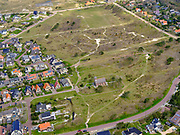 Nederland, Noord-Holland, Bergen, 07-05-2021; Bergen aan Zee met Vredeskerkje.<br /> <br /> luchtfoto (toeslag op standaard tarieven);<br /> aerial photo (additional fee required)<br /> copyright © 2021 foto/photo Siebe Swart