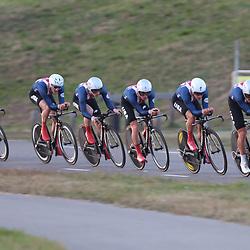 27-09-2016: Wielrennen: Olympia Tour: Hardenberg<br /> HARDENBERG (NED) wielrennen <br /> Nederlands oudste wielerkoers ging van start in Hardenberg met een ploegentijdrit. Winst was er voor Team USA