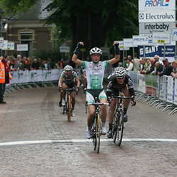 Marianne Vos wint de derde etappe in Profile Ladies Tour Gieten