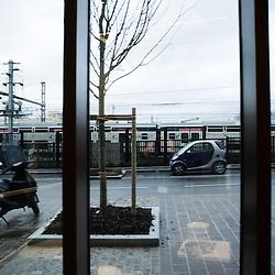 Visite des Grands Moulins de Pantin ou la BNP-Paribas vient d'installer ses services d'echanges de titres. Pantin, France. 24 fevrier 2010. Photo : Antoine Doyen