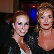 NLD/Amsterdam/20121112 - Beau Monde Awards 2012, Alexandra Alphenaar en Inge Ipenburg