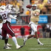 UCF Knights quarterback Blake Bortles (5) runs during an NCAA football game between the South Carolina Gamecocks and the Central Florida Knights at Bright House Networks Stadium on Saturday, September 28, 2013 in Orlando, Florida. (AP Photo/Alex Menendez)