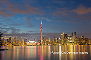 60912-00209 City Skyline at dusk Toronto, ON Canada