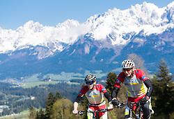 05.05.2016, Kitzbuehler Horn, Kitzbuehel, AUT, OeSV, Skisprung, Lehrgang Mountainbike Tour, im Bild Michael Hayböck (AUT), Cheftrainer Heinz Kuttin (AUT) // Michael Hayboeck, Headcoach Heinz Kuttin of Austria during a mountain bike ride of the Austrian ski jumping Team at the Kistbuehler Horn, Kitzbuehel, Austria on 2016/05/05. EXPA Pictures © 2016, PhotoCredit: EXPA/ JFK