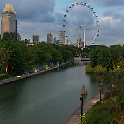 Singapore Flyer Ferris Wheel And Dragonfly Lake, Singapore