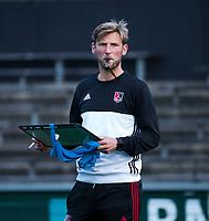 AMSTELVEEN - assistent-coach Robert Tigges (A'dam)   tijdens de  training van de dames van Amsterdam (AH&BC) voor de eerste competitiewedstrijd. COPYRIGHT KOEN SUYK