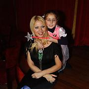 Premiere musical Doornroosje, Fiona Hering en dochter India