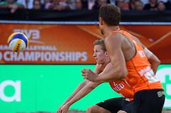 20150705 NED: WK Beachvolleybal day 10, Den Haag<br /> Reinder Nummerdor #1 en Christiaan Varenhorst #2 zijn er niet in geslaagd de finale van de WK beachvolleybal te winnen. In de finale waren de Brazilianen met 2-1 te sterk