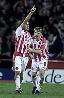 Fotball - Nationwide First league - 17.01.2003<br /> Sheffield United v Sheffield Wednesday<br /> Michael Brown (tv) og Stuart McCall jubler etter coring<br /> Foto: Aidan Ellis, Digitalsport