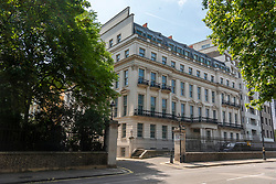 © Licensed to London News Pictures. 23/07/2021. London, UK. Chinese billionaire Cheung Chung Kui £205m property overlooking Hyde Park has been given approval by Westminster Council to demolish it and build a £500, super home in its place. The property at 2-8a Rutland Gate will see an extended basement, an olympic-size swimming pool and the upper floors extended.  Experts predict the new 62,000 sq ft scheme will be Britains most valued private home at £500m. Photo credit: London News Pictures
