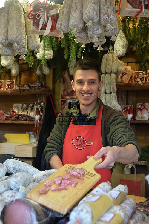 Mercatini di Natale Trento Bancarella14 Carni e Salumi Troier, piazza Fiera 27 novembre 2018  © foto Daniele Mosna