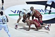 DESCRIZIONE : Bologna Lega A 2015-16 Obiettivo Lavoro Virtus Bologna - Umana Reyer Venezia<br /> GIOCATORE : Mike Green<br /> CATEGORIA : Terra<br /> SQUADRA : Umana Reyer Venezia<br /> EVENTO : Campionato Lega A 2015-2016<br /> GARA : Obiettivo Lavoro Virtus Bologna - Umana Reyer Venezia<br /> DATA : 04/10/2015<br /> SPORT : Pallacanestro<br /> AUTORE : Agenzia Ciamillo-Castoria/GiulioCiamillo<br /> <br /> Galleria : Lega Basket A 2015-2016 <br /> Fotonotizia: Bologna Lega A 2015-16 Obiettivo Lavoro Virtus Bologna - Umana Reyer Venezia