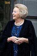 """AMSTERDAM, 27-04-2021, Carre<br /> <br /> Koninklijke familie komt aan bij Carre in verband met de TV opnamen van """"Koningin Maxima een leven vol Muziek""""<br /> <br /> Op de foto: Koning Prinses Beatrix Foto: Patrick van Emst/Brunopress"""