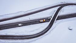 THEMENBILD - Fahrzeuge auf einer Bundesstrasse, aufgenommen am 30. Januar 2019 in Ellmau, Oesterreich // Vehicles on a road in Ellmau, Austria on 2019/01/30. EXPA Pictures © 2019, PhotoCredit: EXPA/ JFK