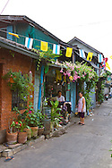The neighborhood around the Bann Dinso Guesthouse