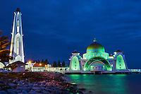 Malaisie, état de Malacca, Malacca, la mosquée flottante Selat Melaka // Malaysia, Malacca state, Malacca, Selat Melaka mosque