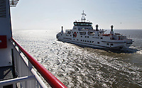 HOLWERD -  de veerboot tussen  Holwerd en Ameland. COPYRIGHT KOEN SUYK