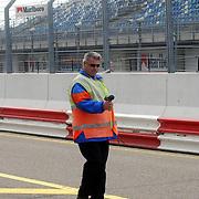 NLD/Zandvoort/20050610 - Training Masters of Formula 3 2005, marchal meet de snelheid in de pitlane