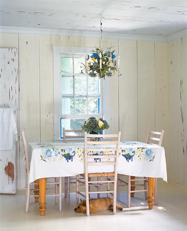 Dining area in Bridgehampton cottage.