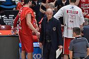 DESCRIZIONE : Milano Lega A 2015-16 Finale Play Off Gara 1 Olimpia EA7 Emporio Armani Milano Umana Reyer Venezia<br /> GIOCATORE : Alberto Rossino<br /> CATEGORIA : Fair play team manager<br /> SQUADRA : Olimpia EA7 Emporio Armani Milano<br /> EVENTO : Campionato Lega A 2015-2016 Finale play off Gara 1<br /> GARA : Olimpia EA7 Emporio Armani Milano Umana Reyer Venezia <br /> DATA : 03/06/2016 <br /> SPORT : Pallacanestro <br /> AUTORE : Agenzia Ciamillo-Castoria/I.Mancini Galleria : Lega Basket A 2015-2016 <br /> Fotonotizia : Milano Lega A 2015-16 Finale Play Off Gara 1 Olimpia EA7 Emporio Armani Milano Umana Reyer Venezia