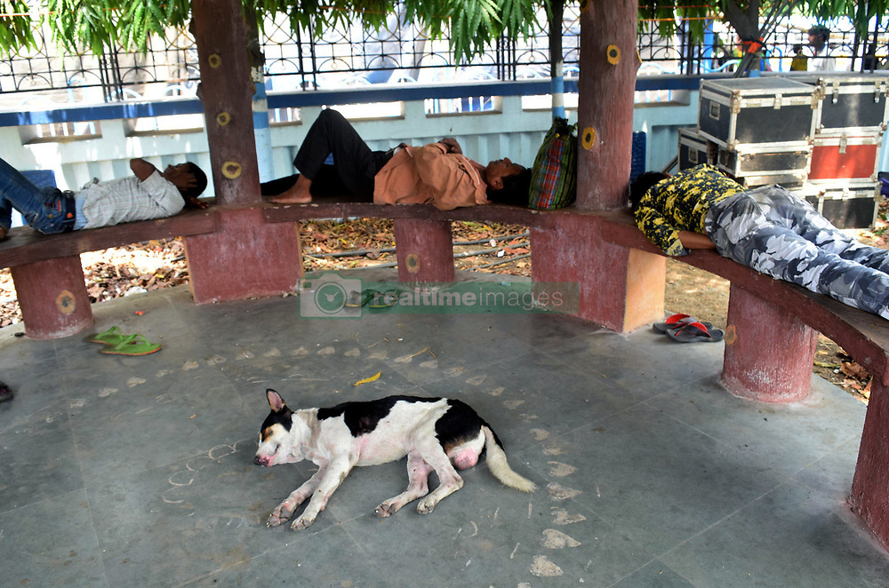 May 20, 2017 - Kolkata, West Bengal, India - People take nap during the afternoon in Kolkata. Most part of the Eastern India suffer heat wave and temperature is above 40 degree Celsius recorded maximum parts of the eastern India..Most part of the Eastern India suffer heat wave and temperature is above 40 degree Celsius recorded maximum parts of the eastern India. (Credit Image: © Saikat Paul/Pacific Press via ZUMA Wire)