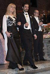 Evi Heldin, Prinz Carl Philip <br /> <br />  <br /> <br />  beim Nobelbankett 2016 im Rathaus in Stockholm / 101216 <br /> <br /> <br /> <br /> ***The Nobel banquet, Stockholm City Hall, December 10th, 2016***