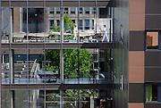 Nederland, Nijmegen,1-5-2012Een patient in bed wordt door de vervoersdienst naar een andere plek in het ziekenhuis gebracht.Foto: Flip Franssen