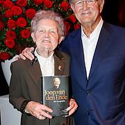 NLD/Amsteram/20121024- Presentatie biografie Joop van den Ende, Joop van den Ende en zus