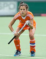 EINDHOVEN - Renske Siersema, zaterdag bij de oefenwedstrijd tussen het Nederlands team van Jong Oranje Dames en dat van de Vernigde Staten. Volgende week gaat het WK-21 in Duitsland van start. FOTO KOEN SUYK
