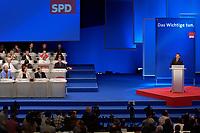 17 NOV 2003, BOCHUM/GERMANY:<br /> Gerhard Schroeder, SPD, Bundeskanzler, haelt die Schlussansprache vor dem Bundesparteitag der SPD, Ruhr-Congress-Zentrum<br /> IMAGE: 20031119-01-073<br /> KEYWORDS: Parteitag, party congress, SPD-Bundesparteitag, Podium, Gerhard Schröder, Rede, speech