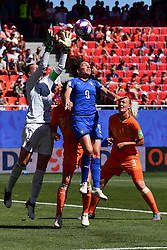 June 30, 2019 - Valenciennes, France - Netherlands' goalkeeper Sari van Veenendaal catching the ball over Daniela Sabatino (ITA) during the quarter-final between in ITALY and NETHERLANDS the 2019 women's football World cup at Stade du Hainaut, on the 29 June 2019. (Credit Image: © Julien Mattia/NurPhoto via ZUMA Press)