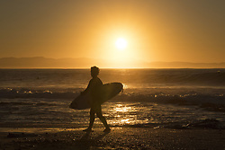 July 14, 2017 - Ian Gouveia of Brazil heading out for a morning freesurf on the third layday of the Corona Open J-Bay at Supertubes...Corona Open J-Bay, Eastern Cape, South Africa - 14 Jul 2017. (Credit Image: © Rex Shutterstock via ZUMA Press)