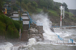 © under license to London News Pictures.  11/11/2010, Bad morning weather in Plymouth and much of the rest of the UK.