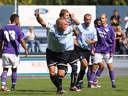FODBOLD: Casper Sørensen (Helsingør) jubler efter sin scoring til 3-1 under kampen i Danmarksserien, pulje 1, mellem Elite 3000 Helsingør og HB Køge den 16. august 2009 på Helsingør Stadion. Foto: Claus Birch