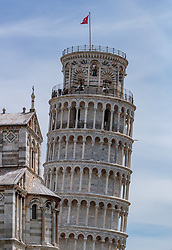 THEMENBILD - Teilansicht des Schiefen Turmes von Pisa und des Doms, aufgenommen am 24. Juni 2018 in Pisa, Italien // Partial view of the Leaning Tower of Pisa and the cathedral, Pisa, Italy on 2018/06/24. EXPA Pictures © 2018, PhotoCredit: EXPA/ JFK