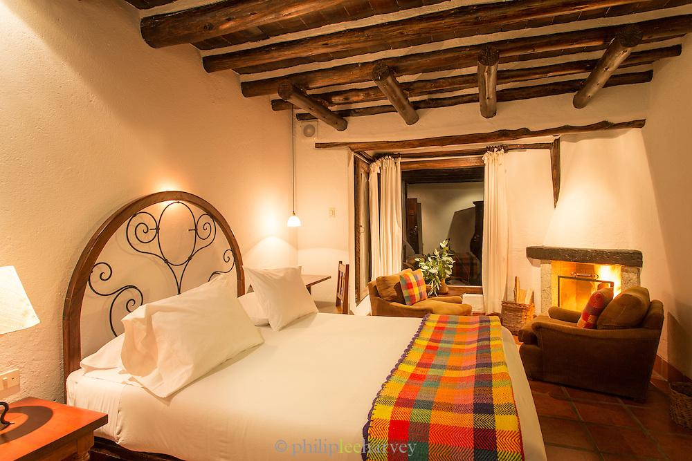 Guests bedroom, Inkaterra Hotel located below Machu Picchu, Cusco Region, Urubamba Province, Machupicchu District in Peru, South America