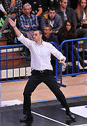 DESCRIZIONE : Trento Dolomiti Energia Trento Giorgio Tesi Group Pistoia<br /> GIOCATORE : Vincenzo Esposito<br /> CATEGORIA : allenatore coach<br /> SQUADRA : Giorgio Tesi Group Pistoia<br /> EVENTO : Campionato Lega A 2015-2016<br /> GARA : Dolomiti Energia Trento Giorgio Tesi Group Pistoia<br /> DATA : 18/10/2015 <br /> SPORT : Pallacanestro <br /> AUTORE : Agenzia Ciamillo-Castoria/A.Scaroni<br /> Galleria : Lega Basket A 2015-2016<br /> Fotonotizia : Trento Dolomiti Energia Trento Giorgio Tesi Group Pistoia<br /> Predefinita :