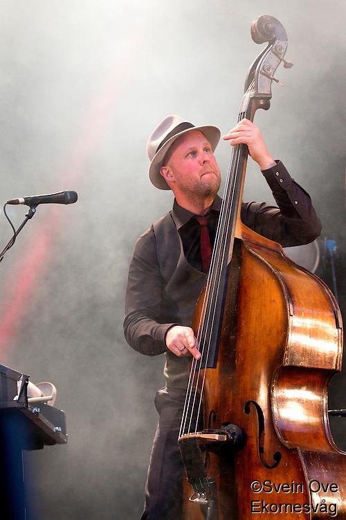 Ålesund 20120816. Kaizers Orchestra spiller på Jugendfest i Ålesund torsdag kveld.