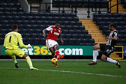 Bristol City's Jay Emmanuel-Thomas misses a 1 on 1 - Photo mandatory by-line: Matt Bunn/JMP - Tel: Mobile: 07966 386802 21/12/2013 - SPORT - FOOTBALL - Meadow Lane - Nottingham - Notts County v Bristol City - Sky Bet League One